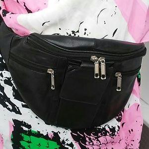 Black fanny pack / body bag 4 pocket polyurethane